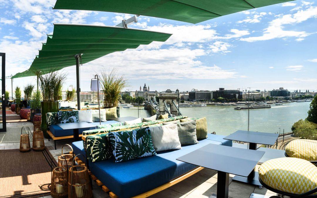 Leo Rooftop Bar